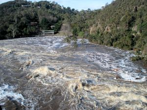 Gorge_Flood_2009
